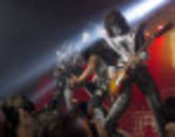 kiss snubs rock and roll hall of fame